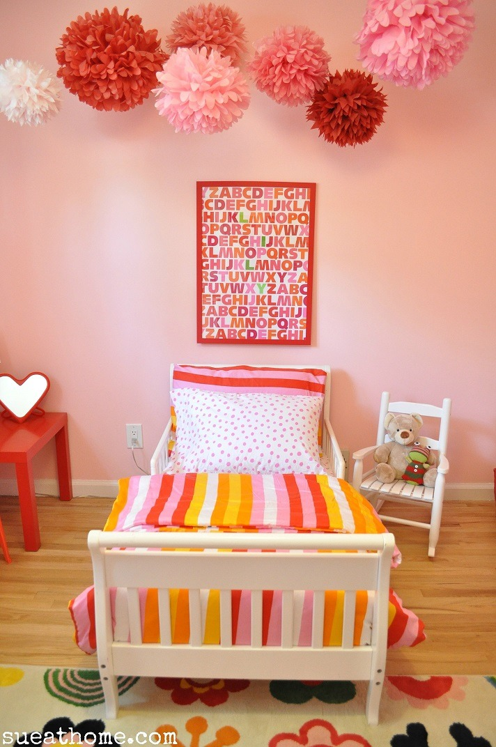 D coration chambre enfant hello pompon for Amenager la chambre de bebe