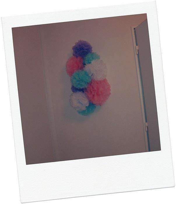 Photo chambre enfant pompon papier