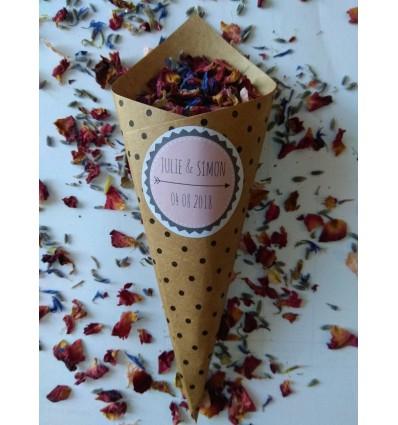 cônes confettis fleurs séchées