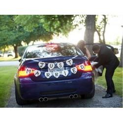 Guirlande Just Married voiture mariés