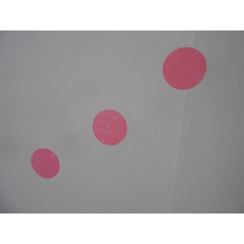 acheter guirlande 12 petits cercles rose doux sur hello pompon. Black Bedroom Furniture Sets. Home Design Ideas